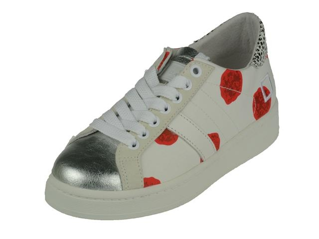 9082 D.A.T.E. Sneaker