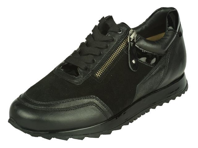 10560-118490 Helioform Sneaker