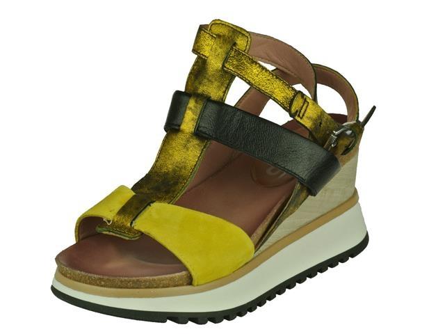 Image of Mjus Mjus trendy op schoen op een dikke slee zool